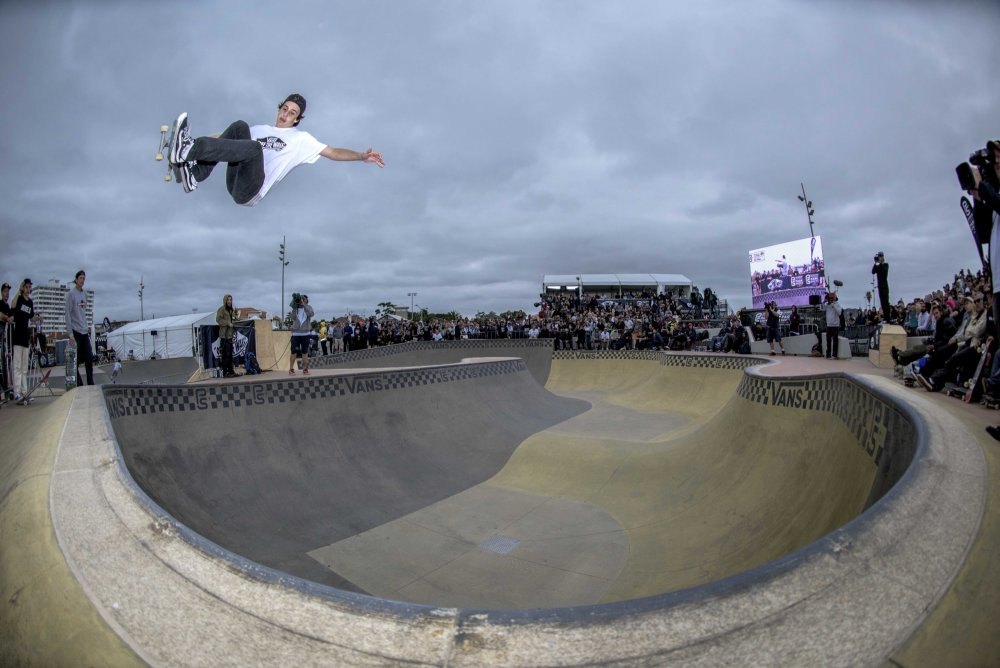 Cory Juneau working it at the first qualifyer of 2016 at St Kilda Skatepark, Melbourne, Australia Sky Guyatt / Transition Photography